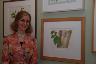 Nellie Sue Potter and her Yellow Birch painting